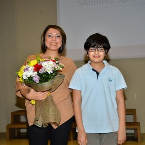 Uzm.Dr. Senem TURAN - Antalya Kolejinde Öğrencilere Ergenlik Semineri 1